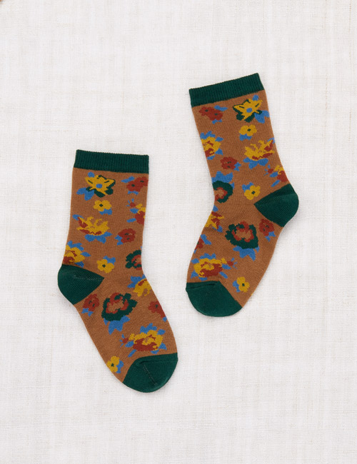[MISHA AND PUFF]Brimfield Crew Socks _ Bronze[28/31,32/35]